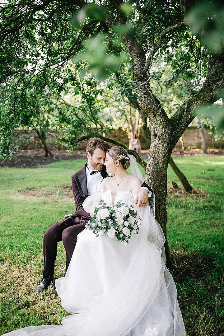 Katie and Arjan's Intimate Countryside Wedding Near Oxford by Hannah Christine