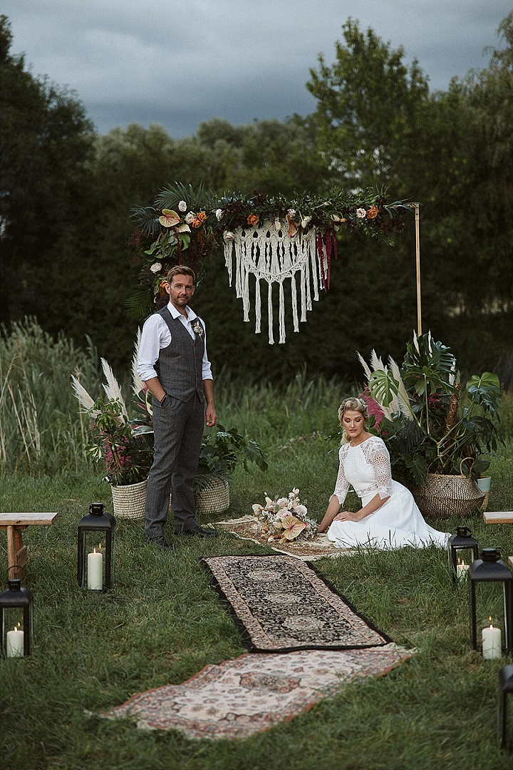 'Relaxed Outdoor Boho' Tipi Wedding Inspiration in The Countryside